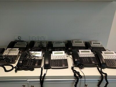 17 x Samsung OfficeServ DS-5014S Business Phones
