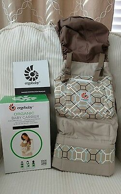 New with box Ergo Baby Carrier in Lattice Taupe