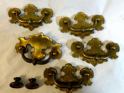 Vintage Antique Look Drawer Pulls 5 & Knobs 2 Brass/brass Plated