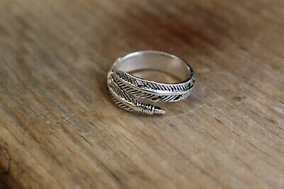 Vintage Style Silver Feather Ring - Open Adjustable Size