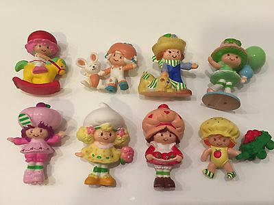 Vintage 1981-1982 Strawberry Shortcake PVC Figures Lot American Greetings