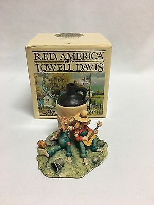 Lowell Davis Home Squeezins Figurine Mint w/ Box MIB