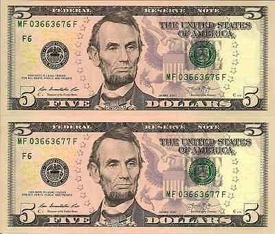USA: 2013 Uncirculated Consecutive Pair of Five Dollar Banknotes (Atlanta)