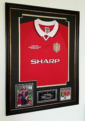 **  ALEX FERGUSON of Manchester United Signed Shirt ** 1999 TREBLE DISPLAY **