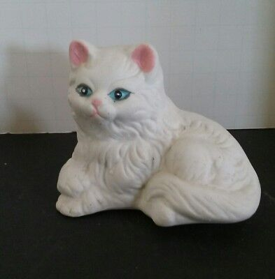 Cute White Cat Kitten Figurine Blue Eyes & Pink Ears