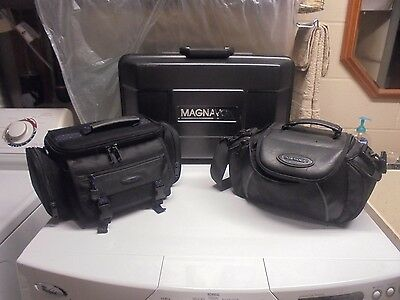 LOT 3 Magnavox/Sony Camcorder/Digital/Video/Camera Case/Bag/Battery/Charger/USB