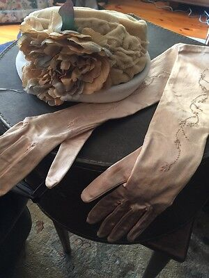 Beautiful Vintage Antique Hat And Gloves