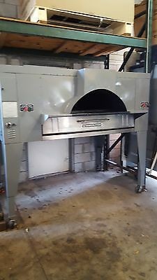 Used Fc-816 Bakers Pride Il Forno Gas Pizza Oven Includes Free Shipping