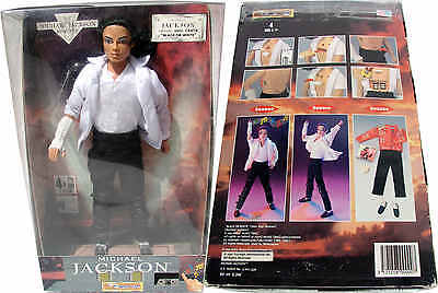Michael Jackson Poupée Musicale BLACK OR WHITE Musical Singing Doll Puppe 1995