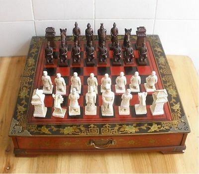 Chinese 32 Pieces Warriors Horses Chess Set Rosewood Tabl wooden model Stand