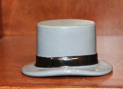 Vintage Dobbs NY Miniature Ceramic Top Hat Advertising Sales Sample