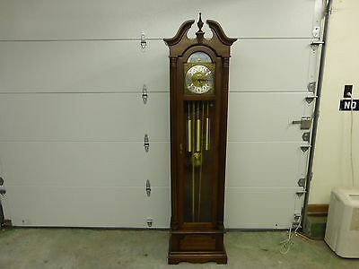 Seth Thomas Grandfather Clock in Excellant Condition