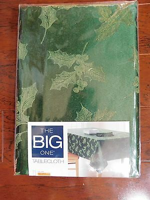 "Christmas Tablecloth Green Holly Berry Oblong 60 x 84"" New Table K4"