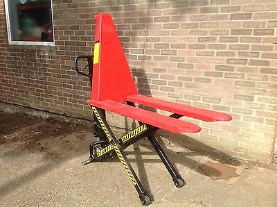 Sealey High Lift Pallet Truck. 1000Kg. 1170 X 540Mm. 800Mm Lift. Hardly Used