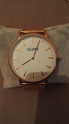 montre cluse couleur or rose