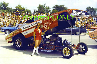 """Chi-Town Hustler"" 1970 Dodge Charger NITRO Funny Car & ""Barb"" PHOTO!"
