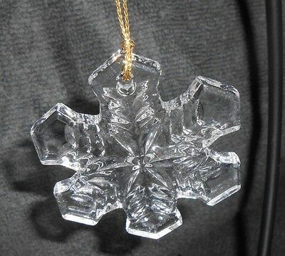Avon Classic Christmas Crystal Snowflake Christmas Holiday Ornament - Pretty