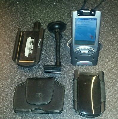 Compaq iPad H3900 Pocket PC with NavMan Sat Nav and two cases