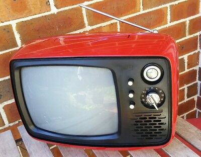 Retro NATIONAL Transistor TV TR110 in Red colour Great Vintage