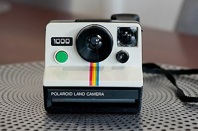 RARE Vintage Polaroid 1000 Land Camera including Neck Strap AUS POST!