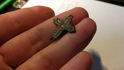 Small Medieval pilgrim cross. Metal Detecting Find (1)