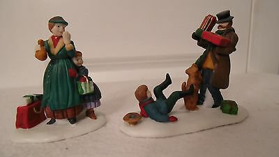 Heritage Village Collection Dept 56, Set Of 2, Don't Drop The Presents,  Mint