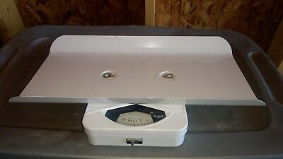 Vintage Borg Infant Baby Scale 30lbs by Ounces Capacity weight Nursury Dr Office