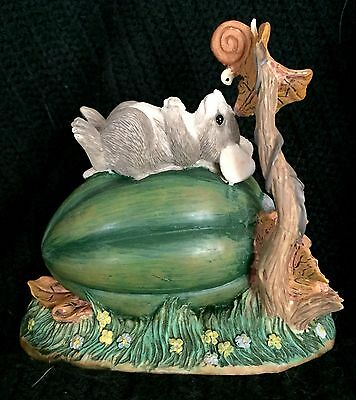 Charming Tails Garden Naptime Mouse on Acorn Squash With Snail 65/615