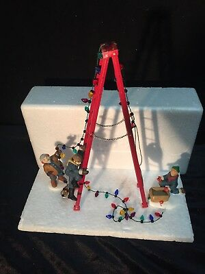 DEPT 56 TOWN TREE TRIMMERS 55662 RETIRED Set of 4 EUC!!!