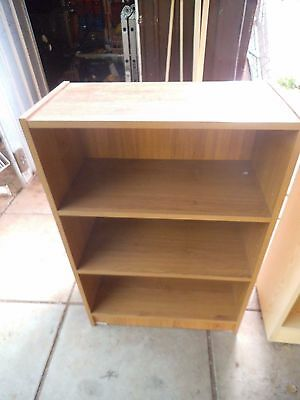 Small bookshelf 3 shelves 88cm H x 29cm L x 60cm W