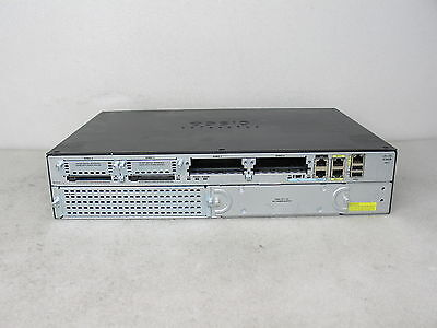 Cisco 2911 15.4 IOS Integrated Services Router CISCO2911/K9 *missing faceplate*