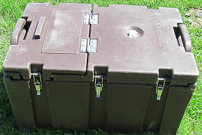 Cambro 100MPC Top Loading with Top Door and with Handles