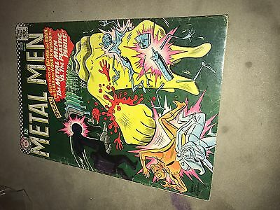 metal men #21 excellent condition