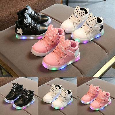 Outdoor Kids Boys Girls Light Up LED Luminous Trainers Shoes Baby Sport Sneakers