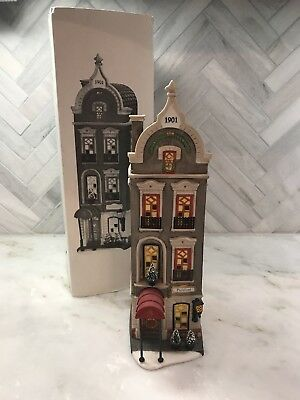 DEPARTMENT 56 Christmas in the City Pickford Place in Box (Retired)