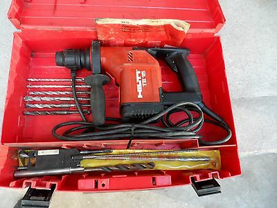 Hilti TE15 - Rotary Hammer Drill with case !!!