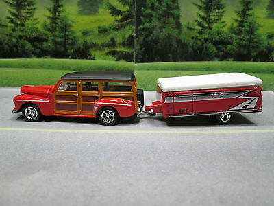 1948  '48  FORD WOODIE WAGON (red) with POP-UP CAMPER TRAILER  S SCALE DIE-CAST