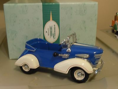 Hallmark Kiddie Car Classics 1938 Graham Roadster 1:6 blue LE