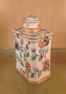Chantilly Porcelain Teacaddy with Relief decoration