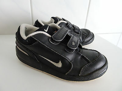schuhe kinderschuhe sneaker turnschuhe nike neu. Black Bedroom Furniture Sets. Home Design Ideas