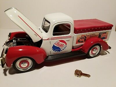 "Golden Wheels Pepsi 1940 Ford ""Bank"" truck"