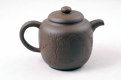 Chinese yixing zisha purple clay teapot 1990s Factory #2 吴美华 nice engraving