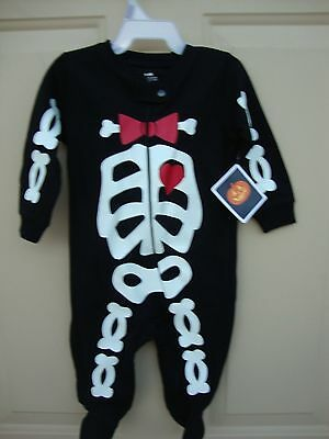 Sleep And Play Halloween Skeleton Snap (Black/White/red)3-6 Months NWT