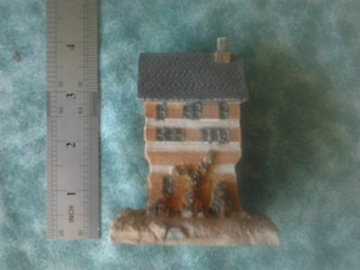 resin house cottage collectable