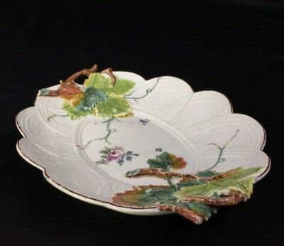 Chelsea basketweave dish with vineleaf handles, flowers, c. 1755
