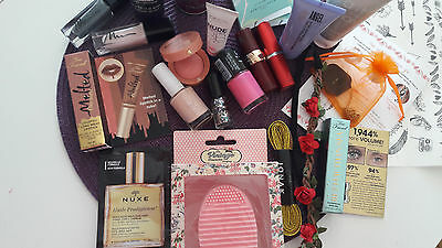 Lot maquillages Neufs