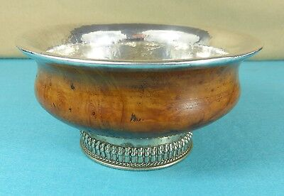 Beautiful Continental Sterling Silver Birch Wood Mazer Bowl Hand Hammered Ca1885