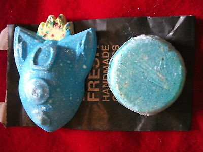 Lush Rocket Science Bath Bomb & Seanik Solid Shampoo