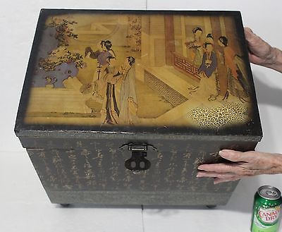 Vintage Chinese Asian Style Hand-Painted Mural Top On Black Wooden Chest Trunk