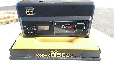 Vintage Kodak Disc 8000 Camera Outfit Set + Transparent Holder + More *RARE*